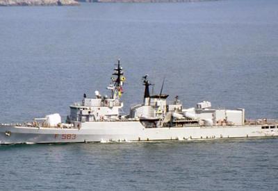 Боевой корабль Индии перевернулся, есть погибшие