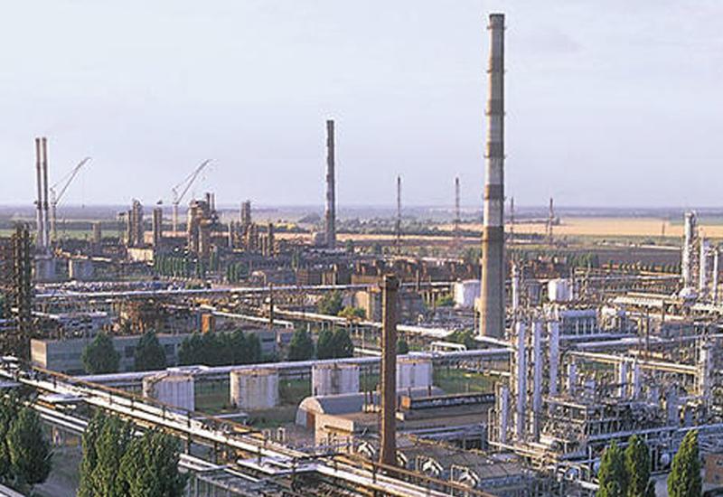 Возникли проблемы в транспортировке первой азербайджанской нефти в украинский Кременчуг