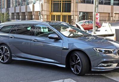 """Рассекречена внешность новой Opel Insignia, """"похудевшей"""" на 175 кг"""