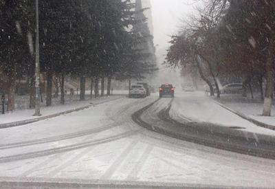 Cнежный пейзаж Баку