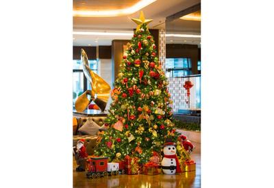 Встречайте Новый год по-новому вместе с Boulevard Hotel Baku и Intourist Hotel Baku!