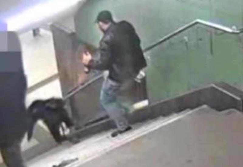 """В берлинском метро мигрант сбросил девушку с лестницы <span class=""""color_red"""">- ВИДЕО</span>"""