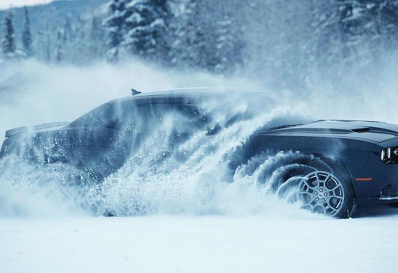 """Суперкар Dodge впервые в истории получил систему полного привода <span class=""""color_red"""">- ФОТО</span>"""
