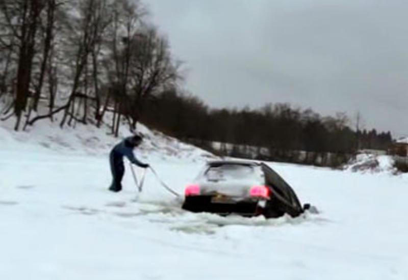 """Как утопить зимой Toyota Land Cruiser 200 за три секунды <span class=""""color_red"""">- ВИДЕО</span>"""