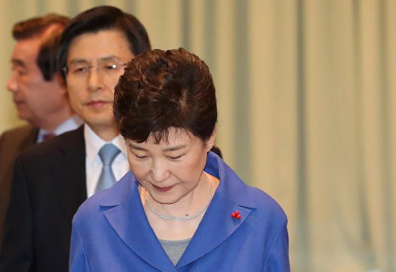 Экс-секретарь главы Южной Кореи признал передачу документов ее подруге