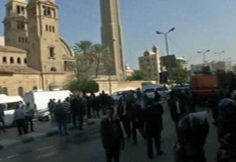 Бомбу в каирский храм принесла женщина