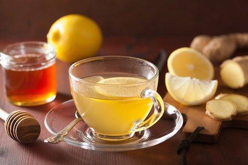 Чай из имбиря и лимона поможет если заложен нос