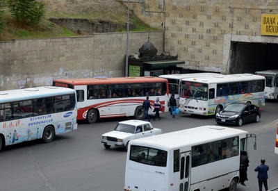 В бакинских автобусах установили камеры