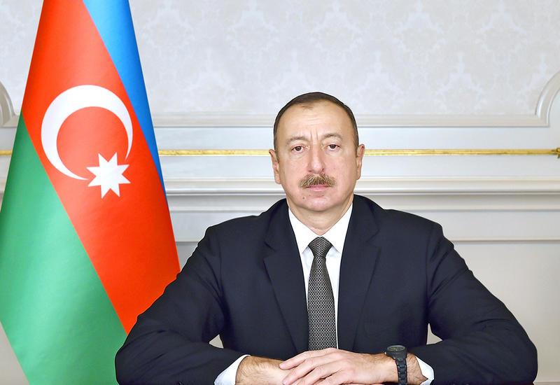 Президент Ильхам Алиев поздравил доминиканского коллегу