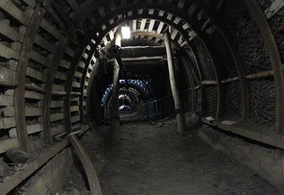 В Грузии при взрыве на шахте пострадали два горняка