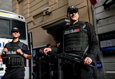 Задержаны предполагаемые сообщники стамбульского стрелка