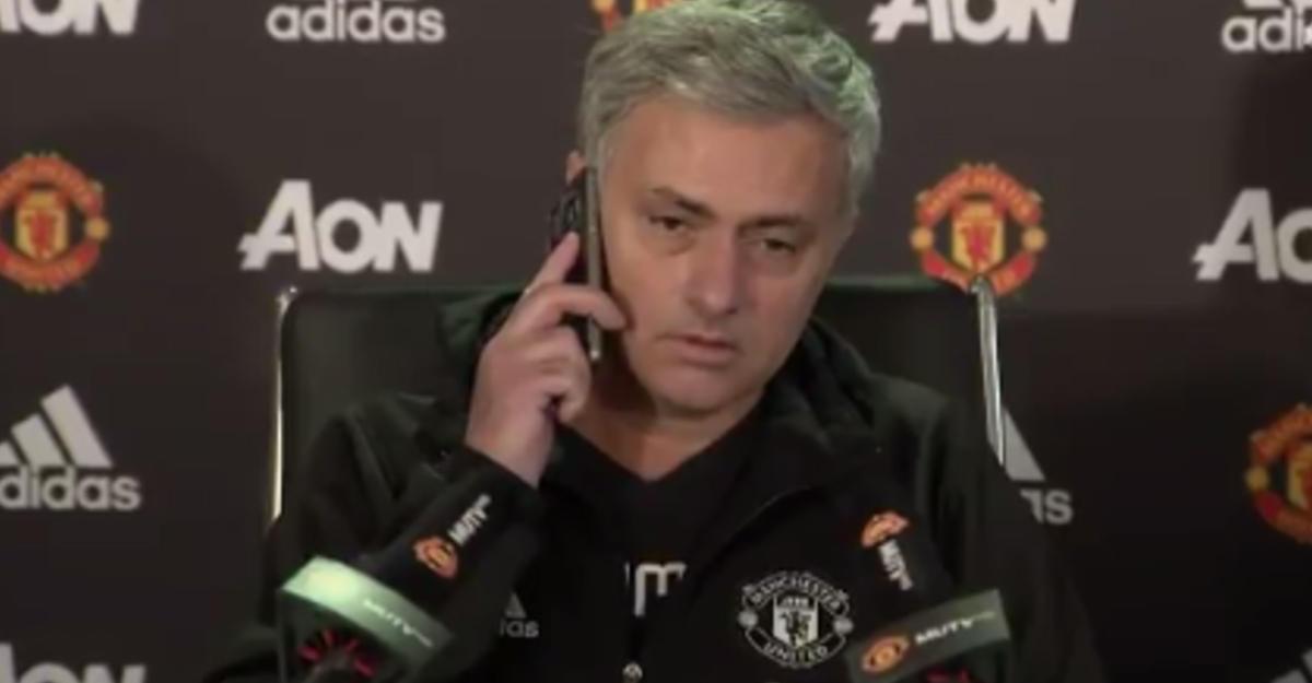 Моуринью ответил назазвонивший телефон репортера впроцессе пресс-конференции
