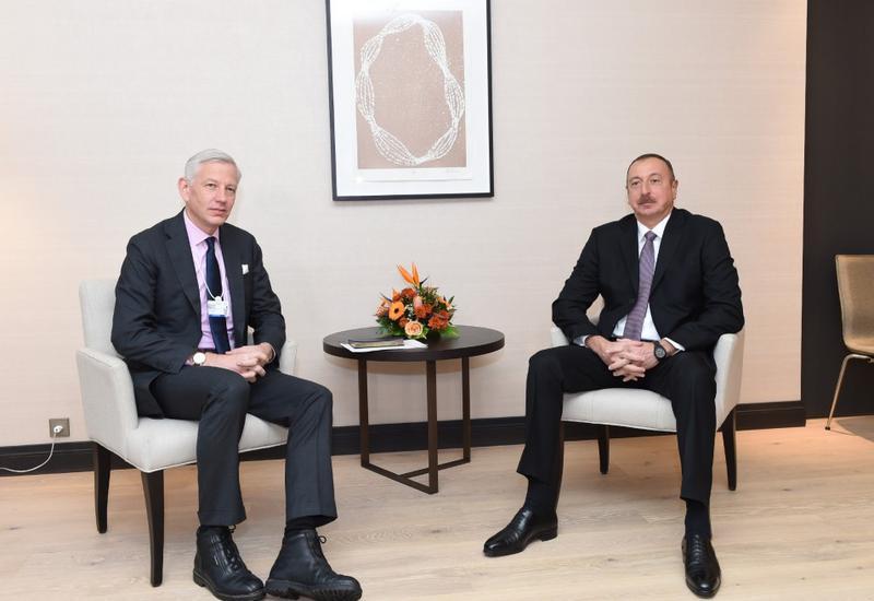 """Президент Ильхам Алиев встретился в Давосе с главой ЕБРР и глобальным управляющим партнером компании McKinsey <span class=""""color_red""""> - ОБНОВЛЕНО - ФОТО</span>"""