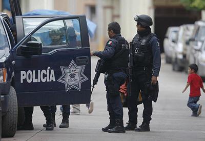 В мексиканском штате обнаружили тела шести обезглавленных людей