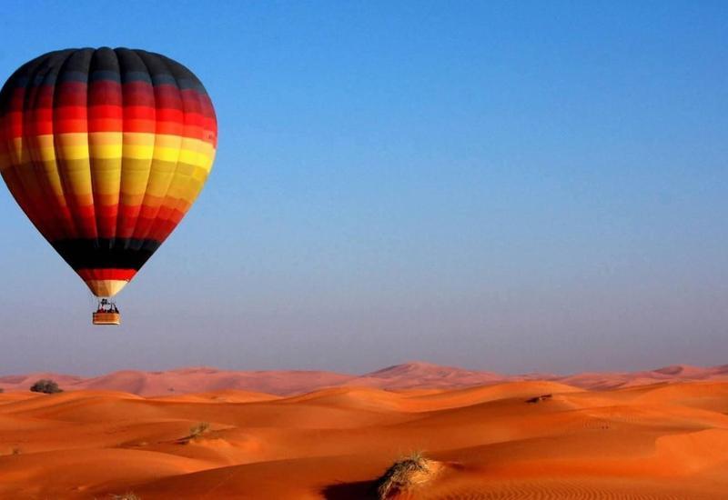 В ОАЭ упал воздушный шар: пострадали семь человек