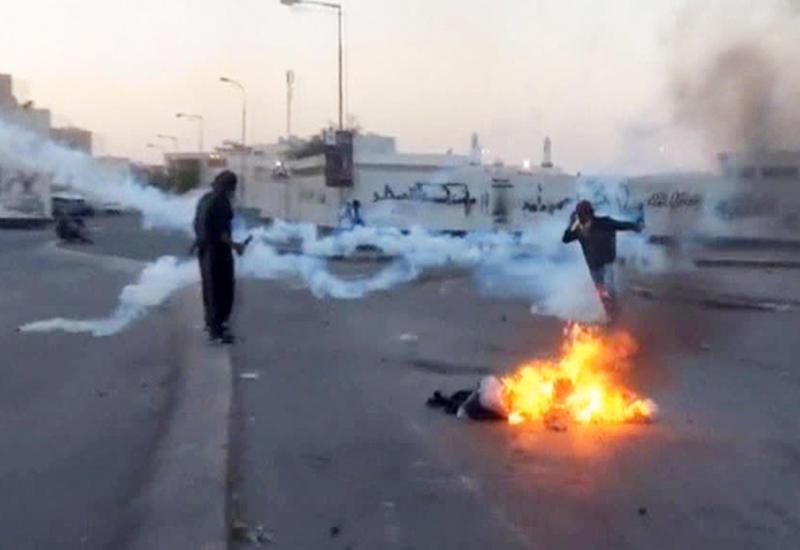 """Массовые беспорядки охватили Бахрейн <span class=""""color_red"""">- ОБНОВЛЕНО - ВИДЕО</span>"""