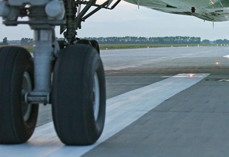 В России вынужденно приземлился самолет с засорившимися туалетами