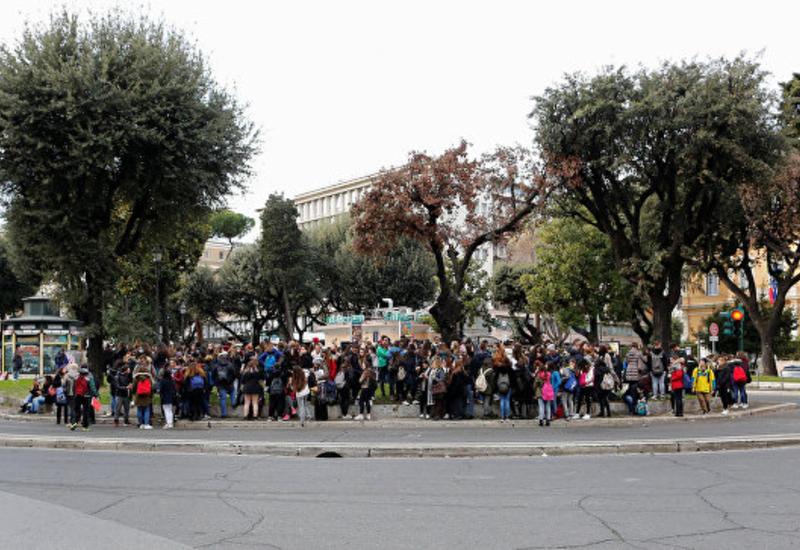 Премьер Италии: Погибших после землетрясения нет
