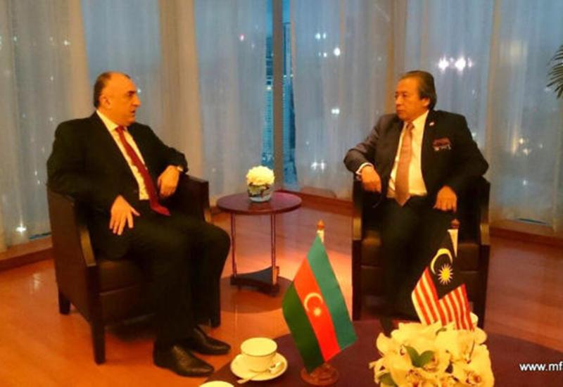 Азербайджан и Малайзия обсудили развитие экономических связей