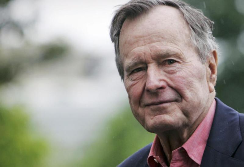 Буш-старший находится в реанимации