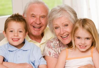 8-летний ребенок написал лучшую статью про бабушек и дедушек. Это восхитительно!