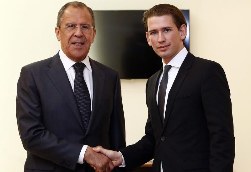 Главы МИД Австрии и России обсудили карабахский конфликт