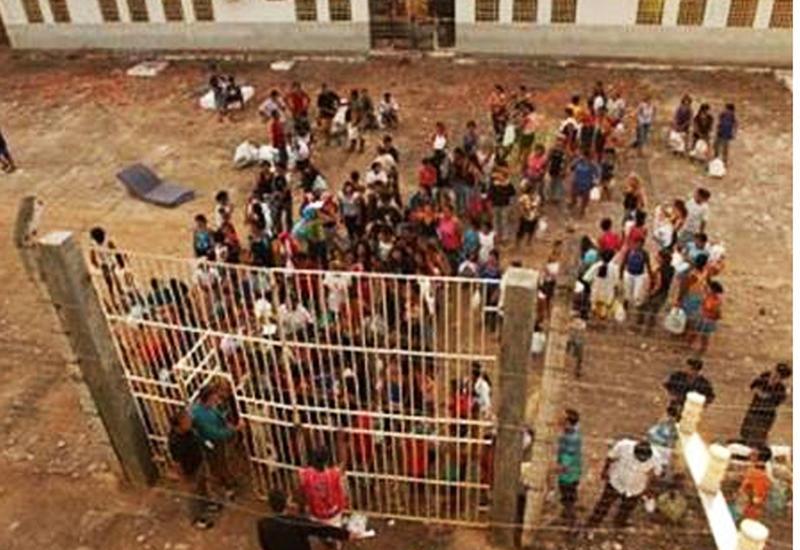 Новые столкновения между заключенными в бразильской тюрьме