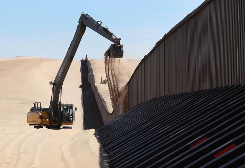 Администрация Трампа о намерении построить стену на границе с Мексикой