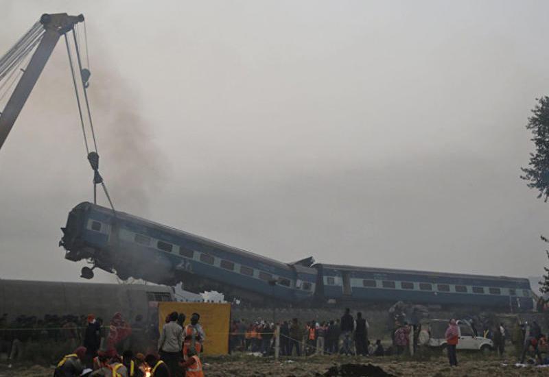 """Трагедия в Индии: 36 погибших, 50 раненых <span class=""""color_red""""> - ОБНОВЛЕНО - ФОТО - ВИДЕО</span>"""