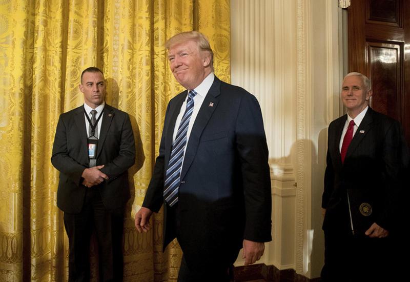 Трамп прочитал записку, оставленную ему Обамой