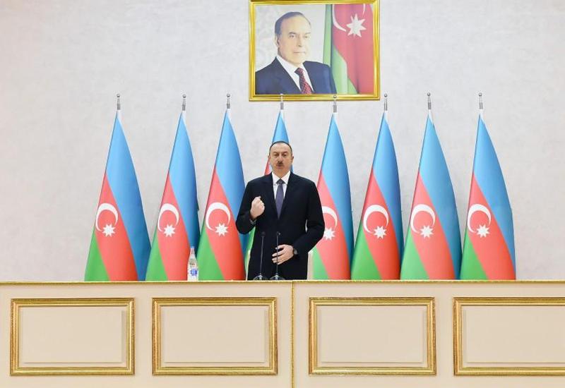 Президент Ильхам Алиев: Мир знает, что азербайджанская армия находится в числе сильных армий