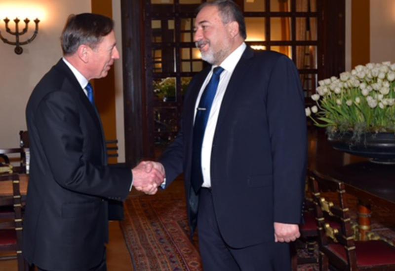 Авигдор Либерман предложил создать антитеррористическую коалицию