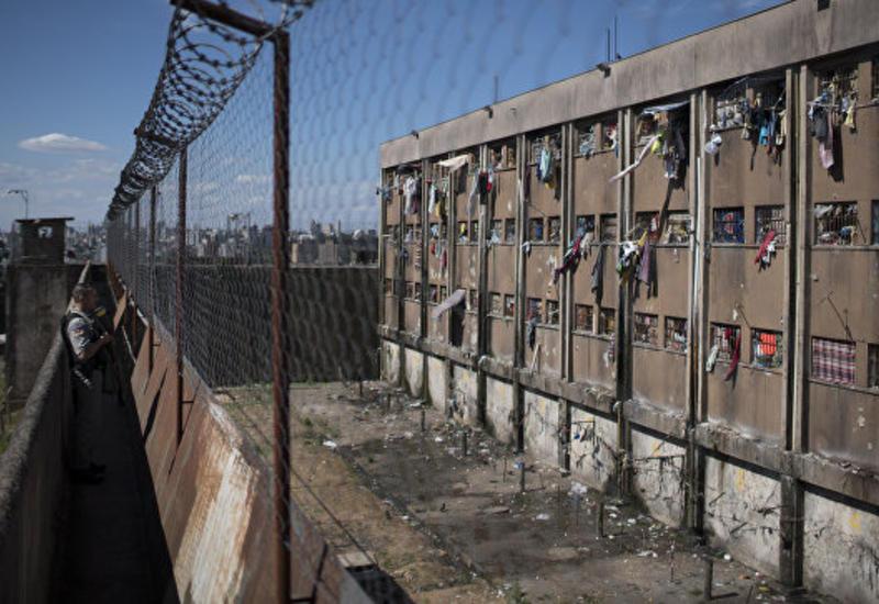 В бразильской тюрьме заключенные сделали барбекю из сокамерников