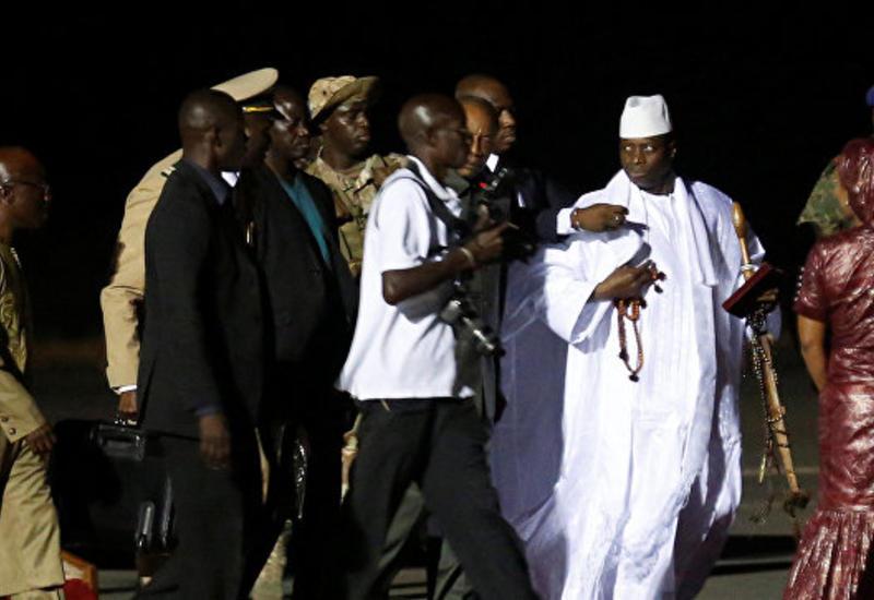 Экс-главе Гамбии разрешили забрать коллекцию дорогих автомобилей