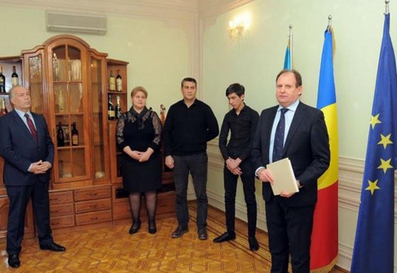 "Президент Молдовы наградил госорденом азербайджанца <span class=""color_red"">- ФОТО</span>"