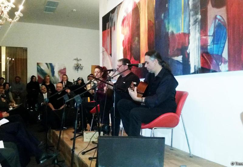 В Баку прошли вечера греческой музыки