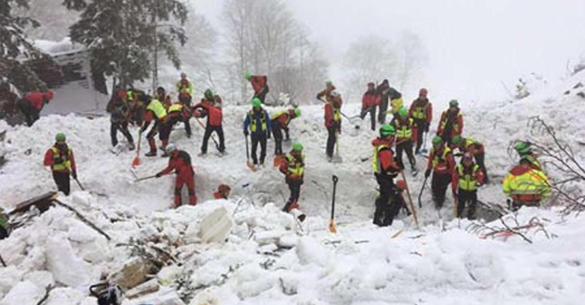 ВИталии рухнул вертолет скорой помощи— погибли шесть человек