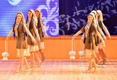 """Волшебные ритмы: блистательное выступление грузинских артистов в Баку <span class=""""color_red"""">- ФОТО</span>"""
