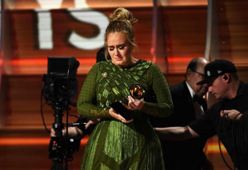 """Адель отказалась от «Грэмми» за лучший альбом <span class=""""color_red"""">- ВИДЕО</span>"""