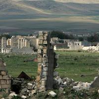 Генерал Васяк: Армяне вымещают злобу на погибших азербайджанских воинах