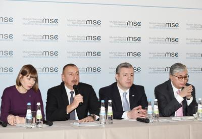 Президент Ильхам Алиев: Соединение транспортной инфраструктуры является одним из важнейших вызовов для Азербайджана