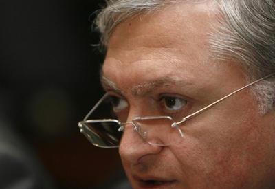 Налбандян накормил россиян саргсяновской ложью о Карабахе