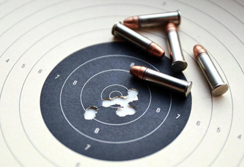 В Москве подросток ранил инструктора стрелкового клуба и скрылся