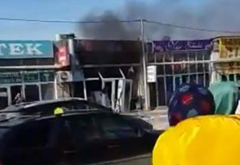 """В Баку в дёнярной прогремел взрыв, есть пострадавшие <span class=""""color_red"""">- ФОТО - ВИДЕО</span>"""