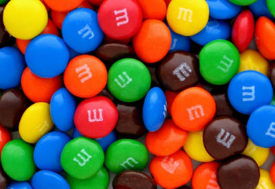 """Студент создал робота для сортировки конфет <span class=""""color_red"""">- ВИДЕО</span>"""
