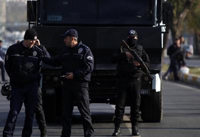 Антитеррористическая операция в Турции, десятки задержанных