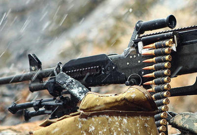 Армяне обстреляли азербайджанские позиции из пулеметов