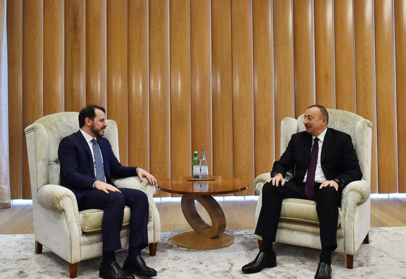 """Президент Ильхам Алиев встретился с министром энергетики Турции <span class=""""color_red"""">- ФОТО</span>"""