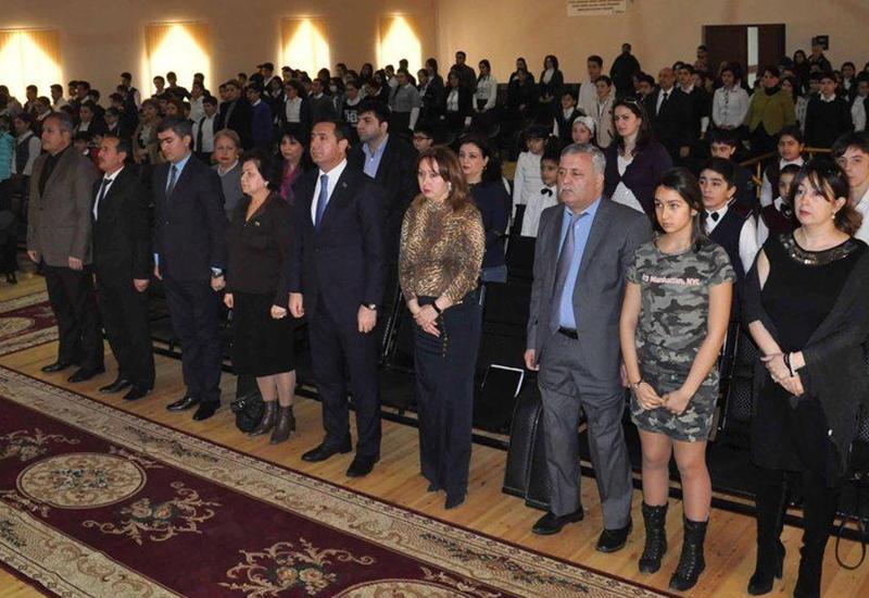 """В Баку состоялся показ документального фильма, посвященного Ходжалинской трагедии <span class=""""color_red"""">- ФОТО</span>"""