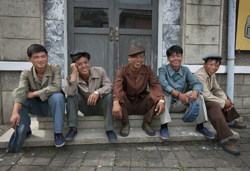 """Портреты жителей Северной Кореи, лица которых светятся от счастья <span class=""""color_red"""">- ФОТО</span>"""